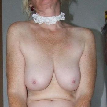 sex met clauwww, Vrouw, 72 uit Friesland