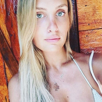 Yarille, Vrouw, 22 uit Noord-Brabant