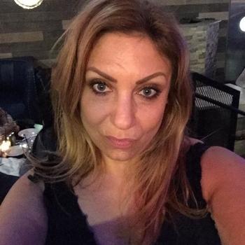 Hotel Sexdate met MeMe, Vrouw, 51 uit Flevoland