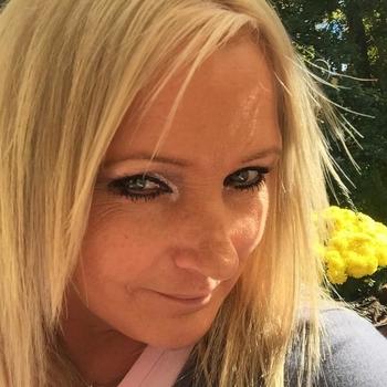 flirt met Jitske, Vrouw, 46 uit Luik