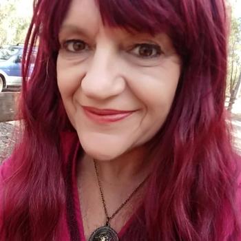 61 jarige vrouw zoekt date