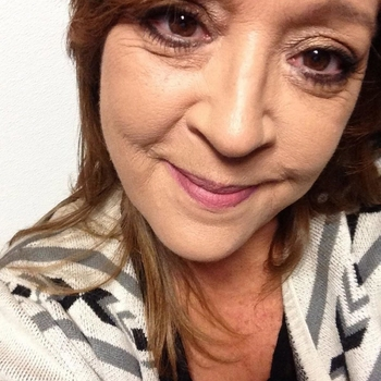 Vrouw zoekt sex date wondervrouw, Vrouw, 60 uit Overijssel