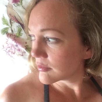 zatzat, Vrouw, 54 uit Groningen