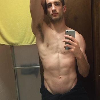 Gay el_martin zoekt een sexcontact