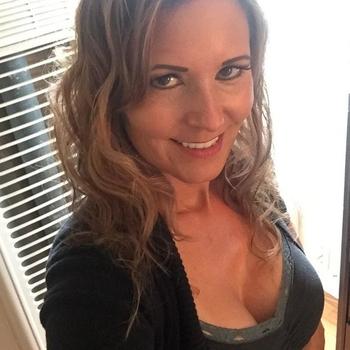 neukdate met Brendatje, Vrouw, 47 uit Antwerpen