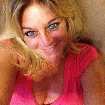 Sex contakt met Fabienna, Vrouw, 53 uit Noord-Brabant