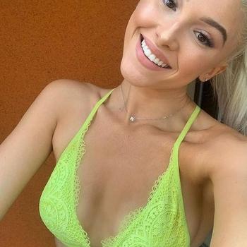 Tinkeltinka, Vrouw, 23 uit Noord-Holland
