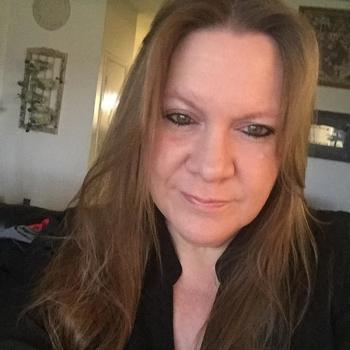 seksdate met hebbedingetje, Vrouw, 59 uit Utrecht
