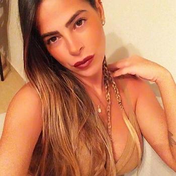 25 jarige Vrouw zoekt sex in Breda