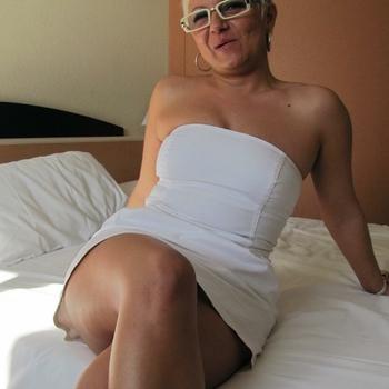 Hotel Sexdate met Rosan, Vrouw, 55 uit Flevoland