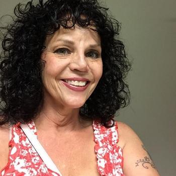 Seksdate met miamie, Vrouw, 61 uit Limburg