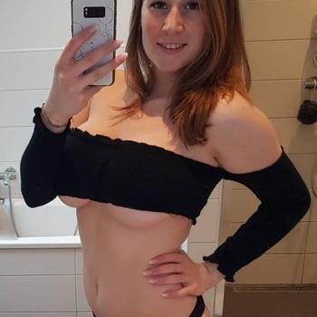 Sex dating contact met PeepShowNina, Vrouw, 28 uit Het Brussels Hoofdst