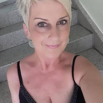sex date met Briannke, Vrouw, 52 uit Utrecht