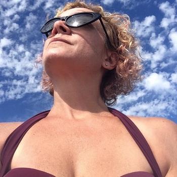 Seksdate met hartendiefff, Vrouw, 48 uit Noord-Holland