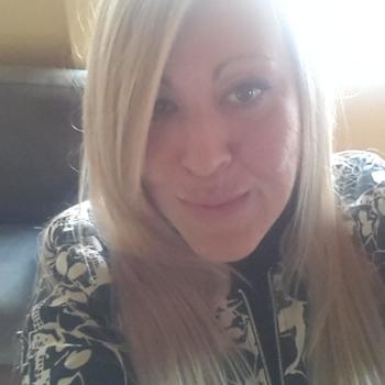seks dating met NaughtyBee, Vrouw, 38 uit Flevoland