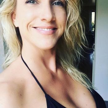 sexafspraak met Blondja, Vrouw, 35 uit Noord-Holland