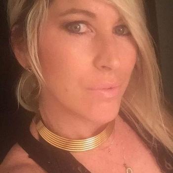 neuk date met XoxLindaxXo, Vrouw, 47 uit Flevoland