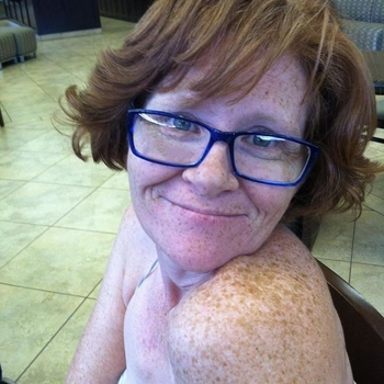 vlindervlieger, 58 jarige vrouw zoekt seks in Groningen