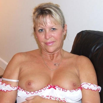 sexafspraak met rollady, Vrouw, 61 uit Limburg