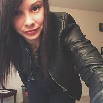 Hotel Sex contact met TatoeFreak, Vrouw, 27 uit Overijssel