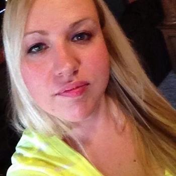 40 jarige vrouw uit Uden zoekt sex
