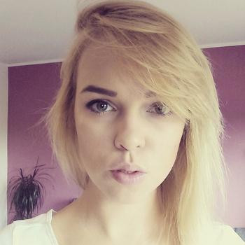 Sexdate met Nieuwe_ervaring, Vrouw, 29 uit Overijssel