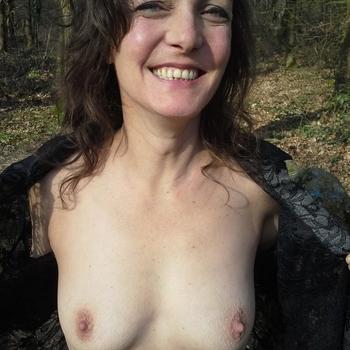 seks afspraak met 2leventjes, Vrouw, 51 uit Noord-Brabant