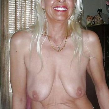 seksdate met Marette, Vrouw, 67 uit Limburg