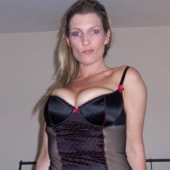 sexdating met gia, Vrouw, 46 uit Utrecht