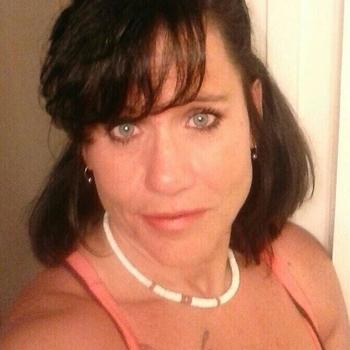 Sexdate met Annez - Vrouw (48) zoekt man Flevoland