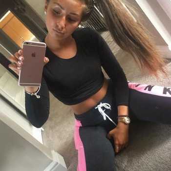 Hotel Seks contakt met barreBarB, Vrouw, 19 uit Friesland