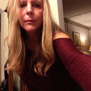 Seksdate met Olga, Vrouw, 55 uit Utrecht