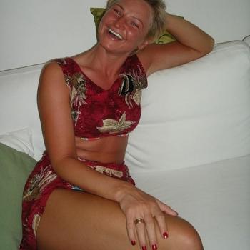 Stippelbeest, Vrouw, 50 uit Limburg