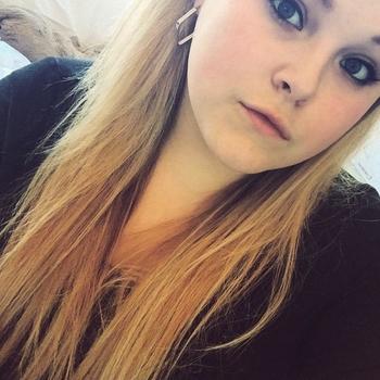 seks afspraak met SweetFenneke, Vrouw, 21 uit Noord-Holland
