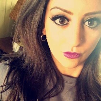 sex date met Lillo, Vrouw, 32 uit Vlaams-Limburg