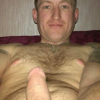 Gay JohnnieXL zoekt een sexcontact