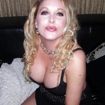 seks date met hotblonde, Vrouw, 54 uit Friesland