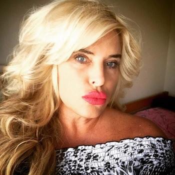51 jarige vrouw zoekt seksueel contact in Zuid-Holland