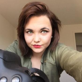 sex afspraak met Monatoetje, Vrouw, 25 uit Zeeland