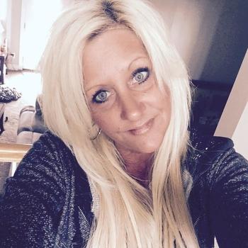 LieverVerliefd, Vrouw, 46 uit Zuid-Holland