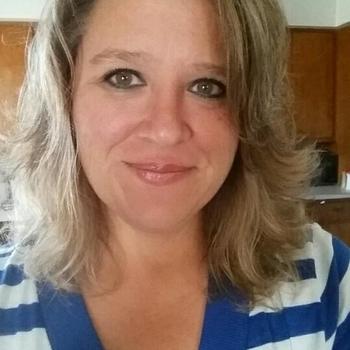 seksafspraak met Olivia47, Vrouw, 50 uit Groningen