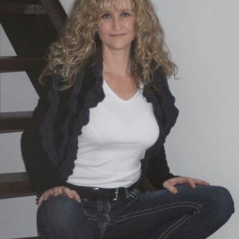 Hotel Seks contakt met Flower, Vrouw, 49 uit Drenthe