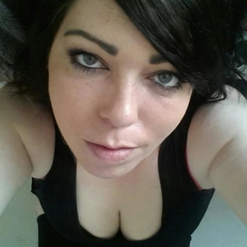 Evien, Vrouw, 37 uit Flevoland