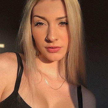 Seks date met Maribel, Vrouw, 25 uit Noord-Brabant