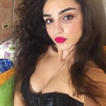 flirt met Ariennnn, Vrouw, 21 uit Antwerpen