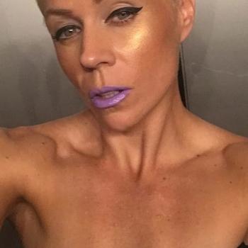 Vrouw (45) zoekt sex in Antwerpen
