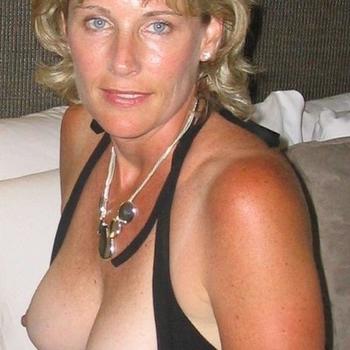 Sexdate met Linnelleke, Vrouw, 54 uit Limburg