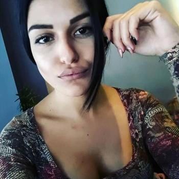 Hotel Seks date met Arta, Vrouw, 19 uit Limburg