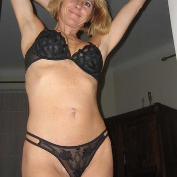 Seksdating contact met CCake, Vrouw, 47 uit Limburg