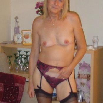 seksdate met supergenot, Vrouw, 61 uit Groningen